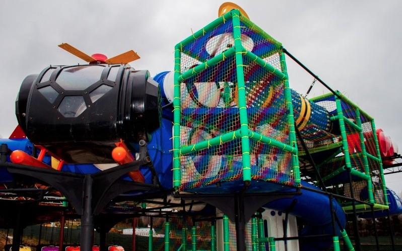 Plac Zabaw w Sabat Krajno. Oryginalna amerykańska konstrukcja Soft Play