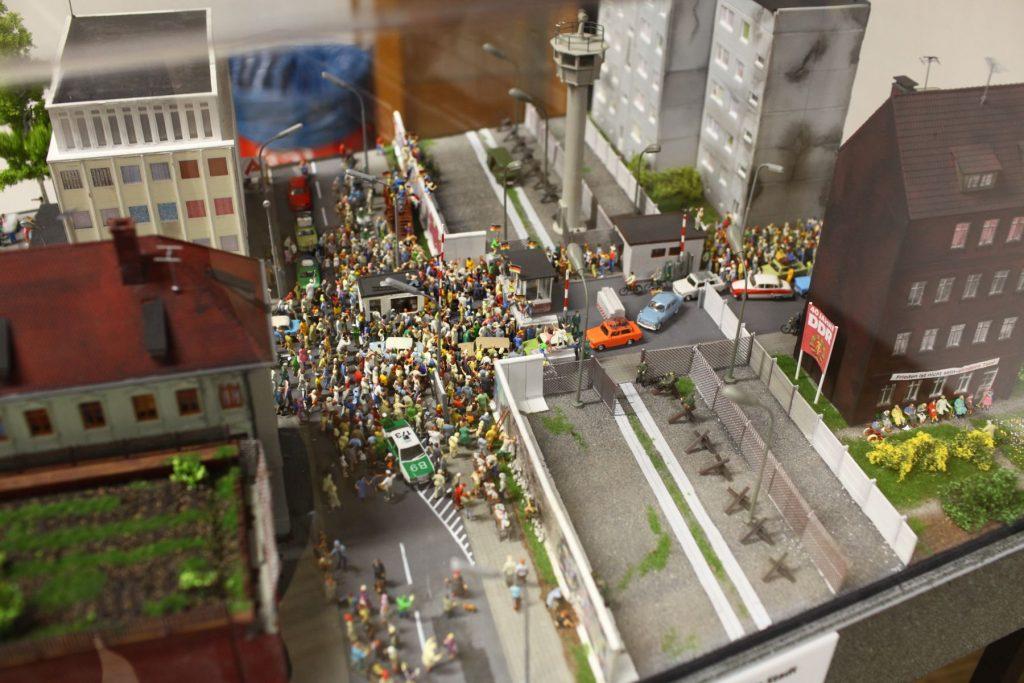 Miniaturowy strajk w Wunderlandzie