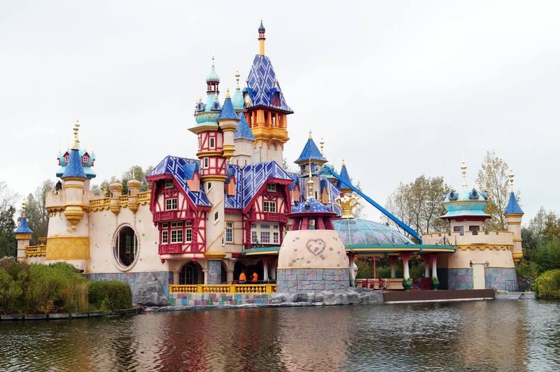 Tematyczna restoauracja Prinsessia w parku Plopsaland De Panne w Belgii