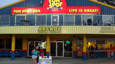 Fun Spot America – duma rodziny Arie