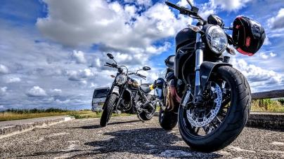 Warczące silniki i duża prędkość w Mirabilandii