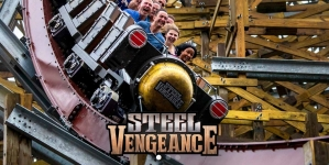 W Cedar Point ruszył Steel Vengeance""