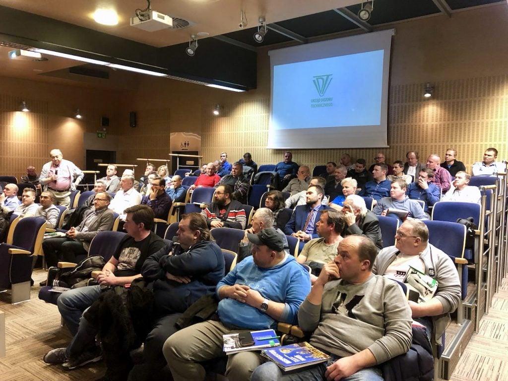 Na spotkanie przybyło ponad 100 osób