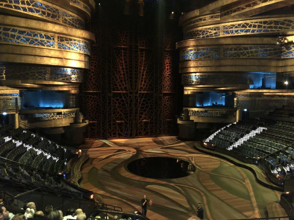 Niesamowita inscenizacja teatru Le Perle