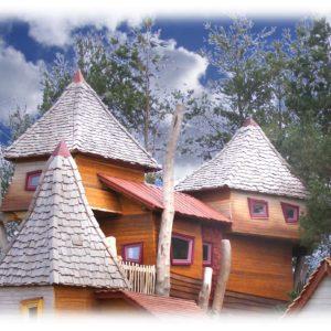 Artystyczne budowle z drewna